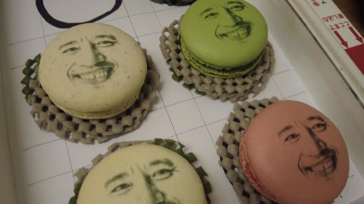 Съешь меня. Десерты с лицами близких радуют японцев во время локдауна