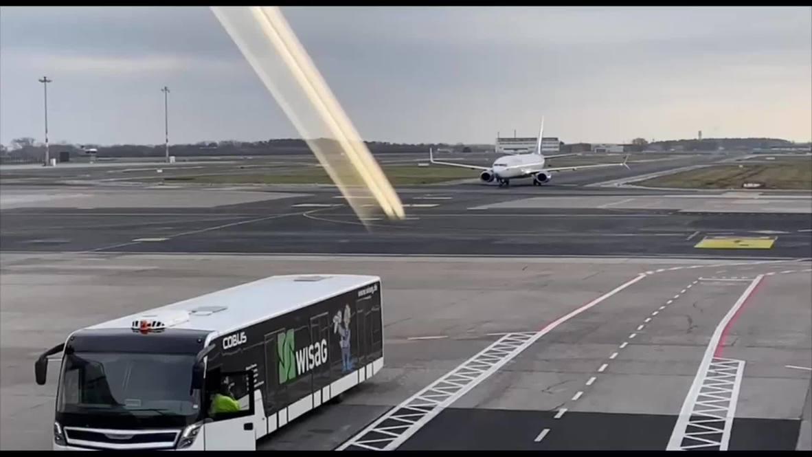 ألمانيا: طائرة يُعتقد أنها ستُقِلُّ نافالني إلى موسكو تهبط في برلين