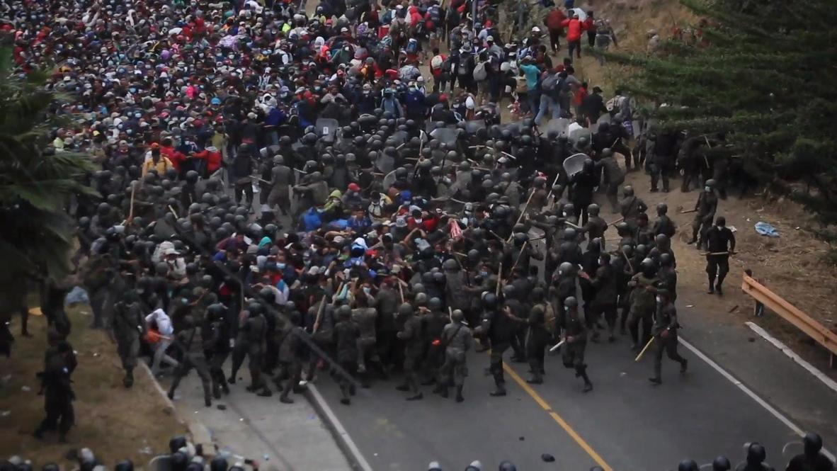 Guatemala: Fuerzas de seguridad utilizan gas lacrimógeno para evitar el paso de la caravana de migrantes hondureños