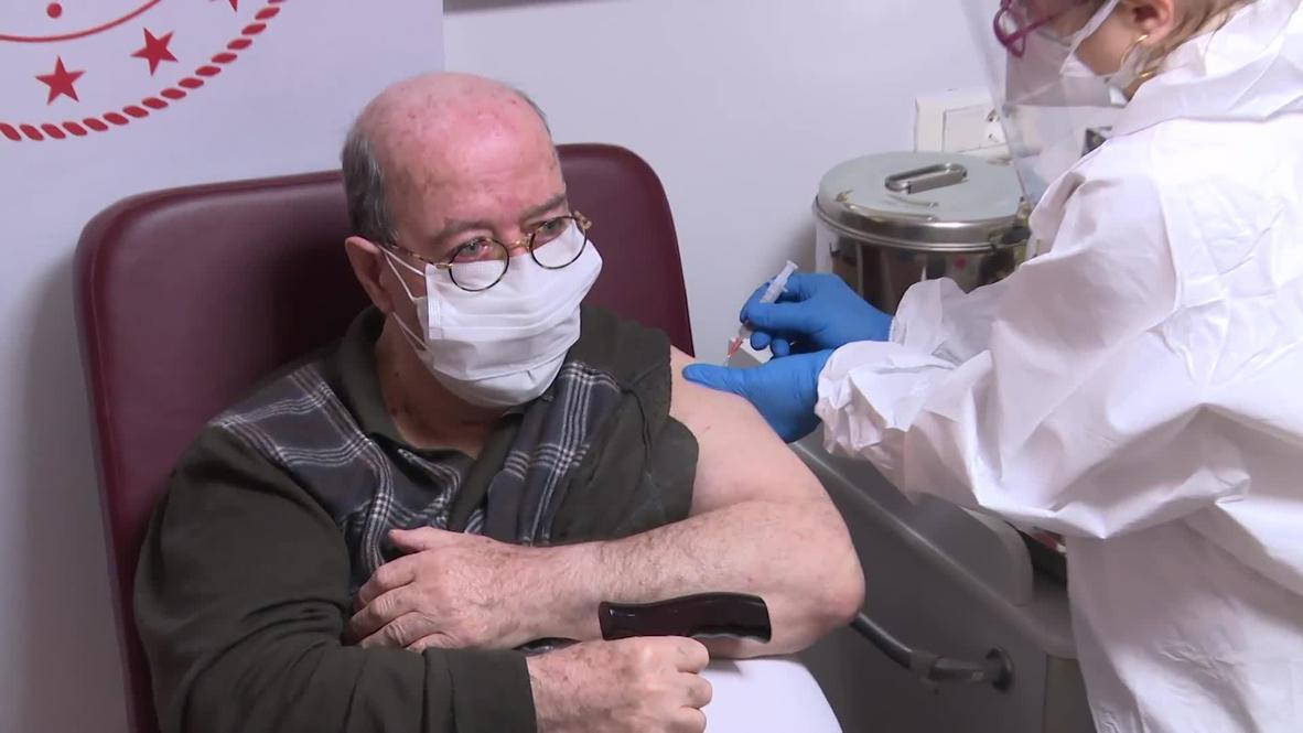 تركيا: تطعيم مقيمين في دار رعاية مسنين بإسطنبول ضد فيروس كورونا