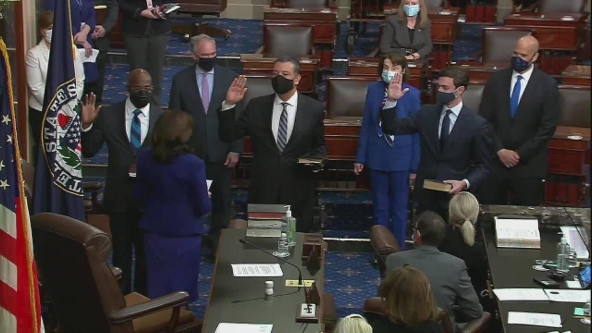 EE.UU.: Kamala Harris toma juramento a 3 senadores y el control del Senado pasa a los demócratas