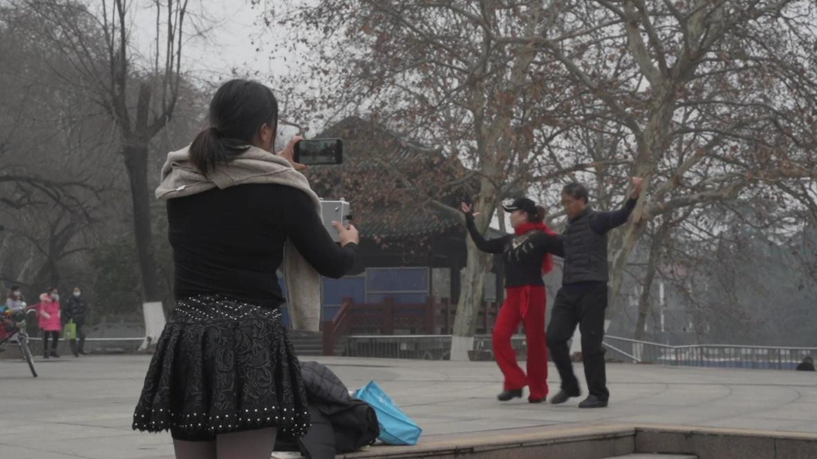 Китай: Жители Уханя рассказали о жизни в городе спустя год после локдауна