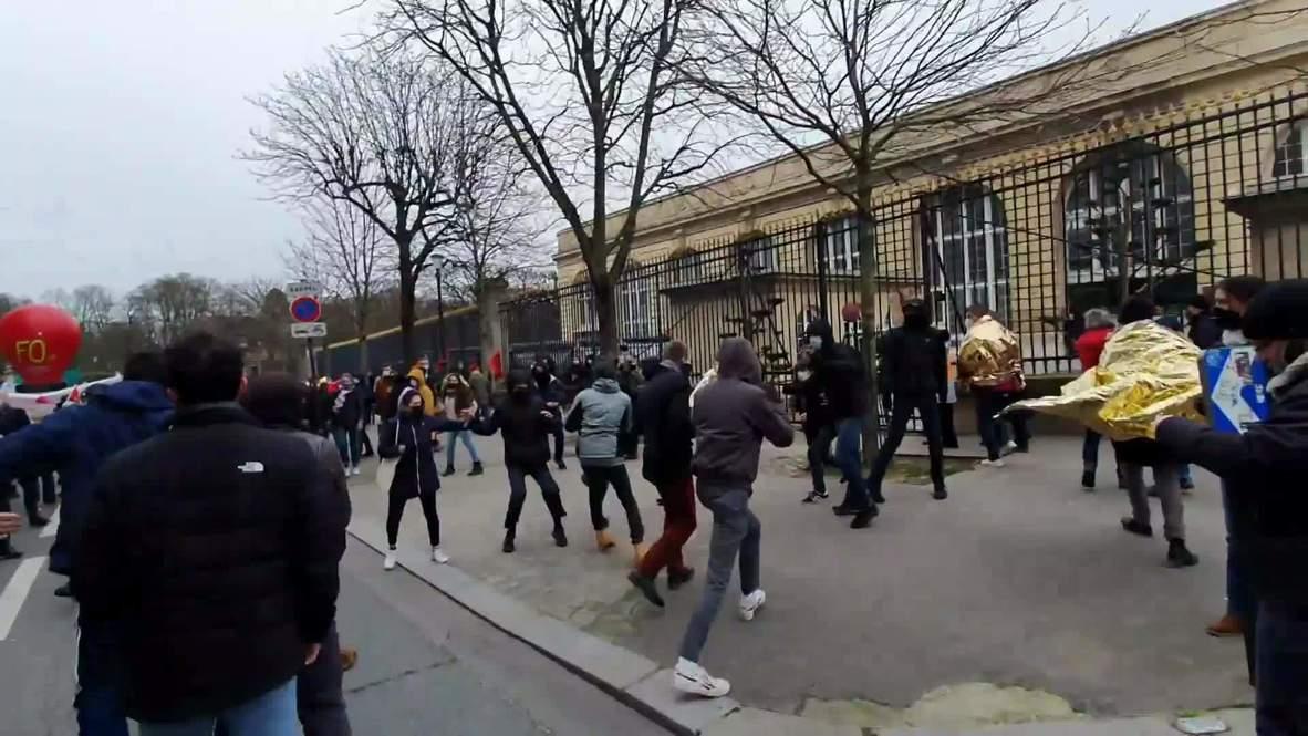Francia: Disturbios entre estudiantes de grupos de derecha e izquierda en una manifestación de París