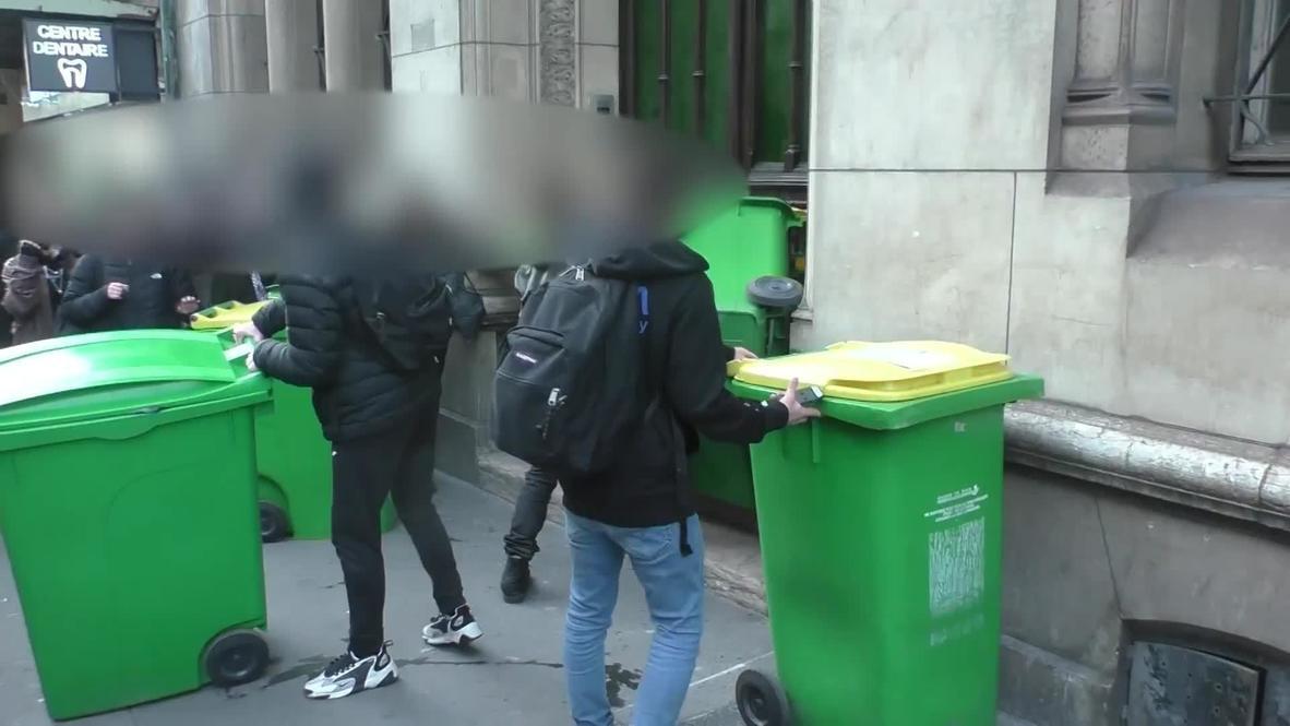 Francia: Policía y estudiantes se enfrentan fuera de una escuela secundaria en París