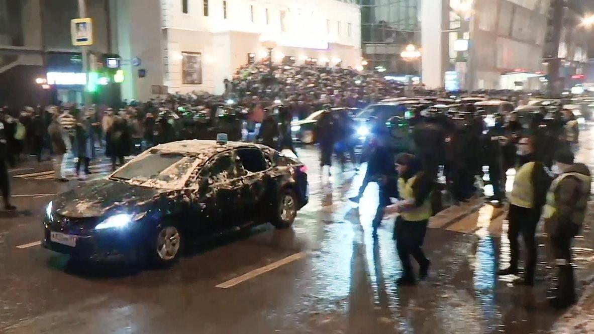 Россия: СК сообщил о задержании в Москве фигуранта дела о нападении на служебную машину во время протеста